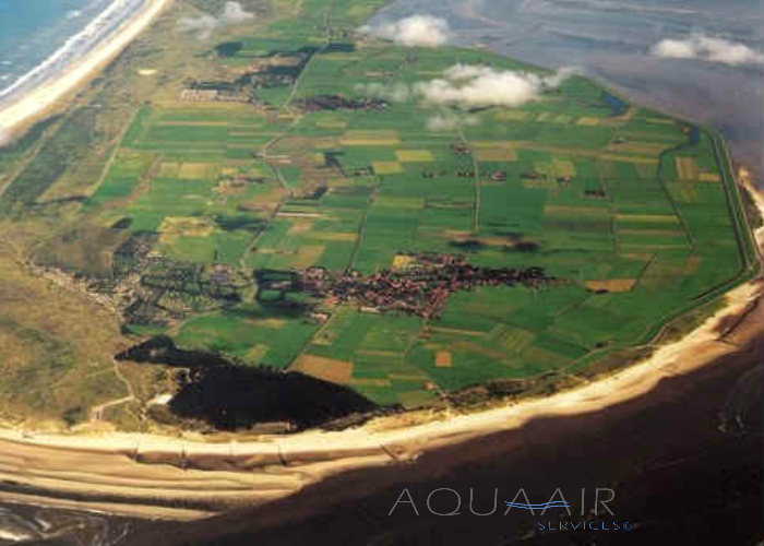Asverstrooiing-per-vliegtuig-ameland-fly-by-aqua-air-services