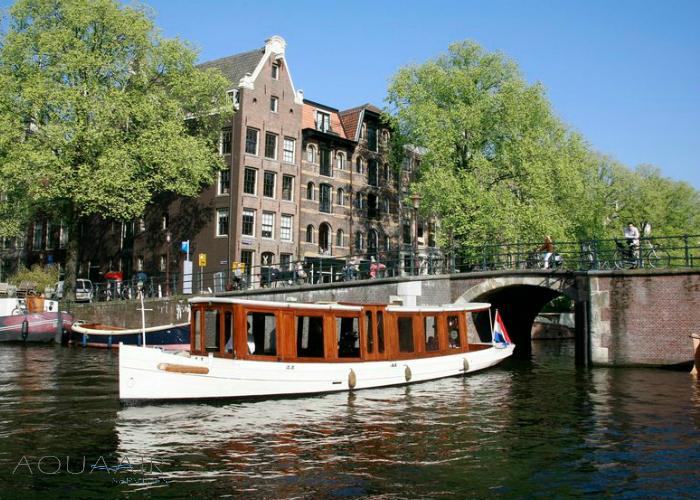 salonboot-amsterdam-asverstrooiing-asbijzetting