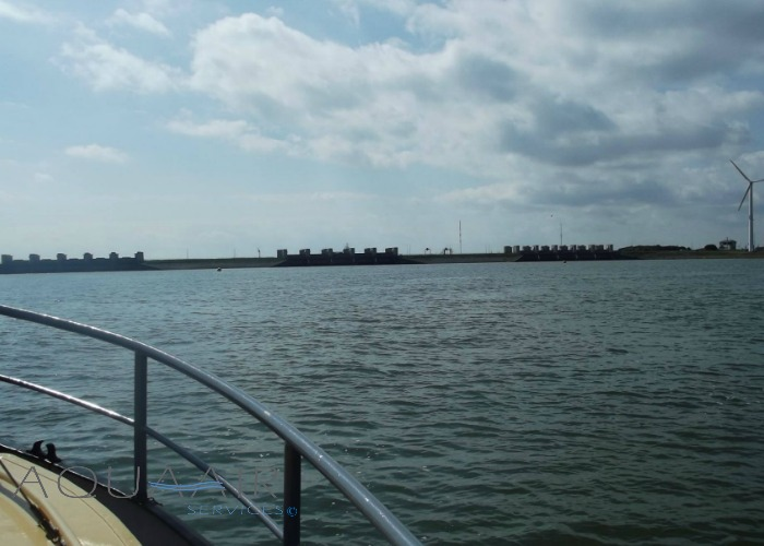 asverstrooiing-den-oever-haven-waddenzee-asbijzetting-aqua-air-services-3