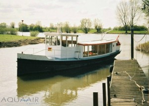 asverstrooiing-schip-deventer-ijssel-asbijzetting-aqua-air-services