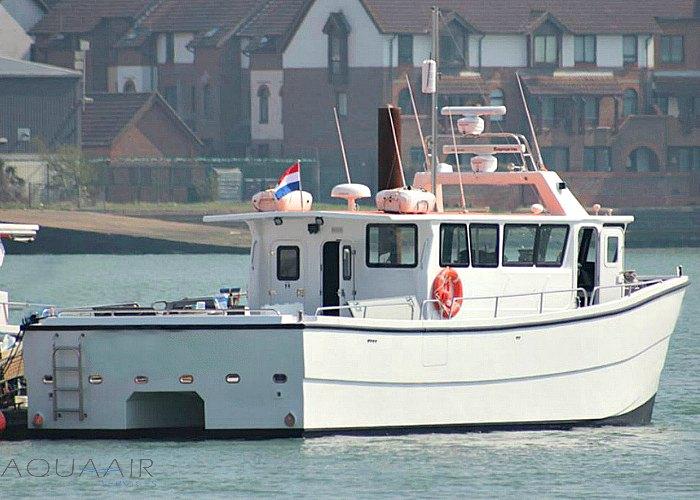 boot stellendam 1 voor asverstrooiing of asbijzetting op de noordzee of het haringvliet